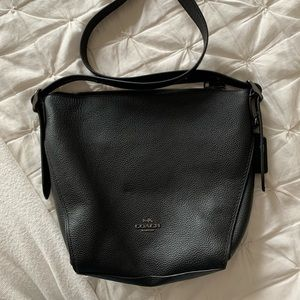 *BRAND NEW* Coach purse in black leather